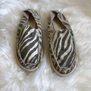 Sanuk Zebra Print Shoes 9